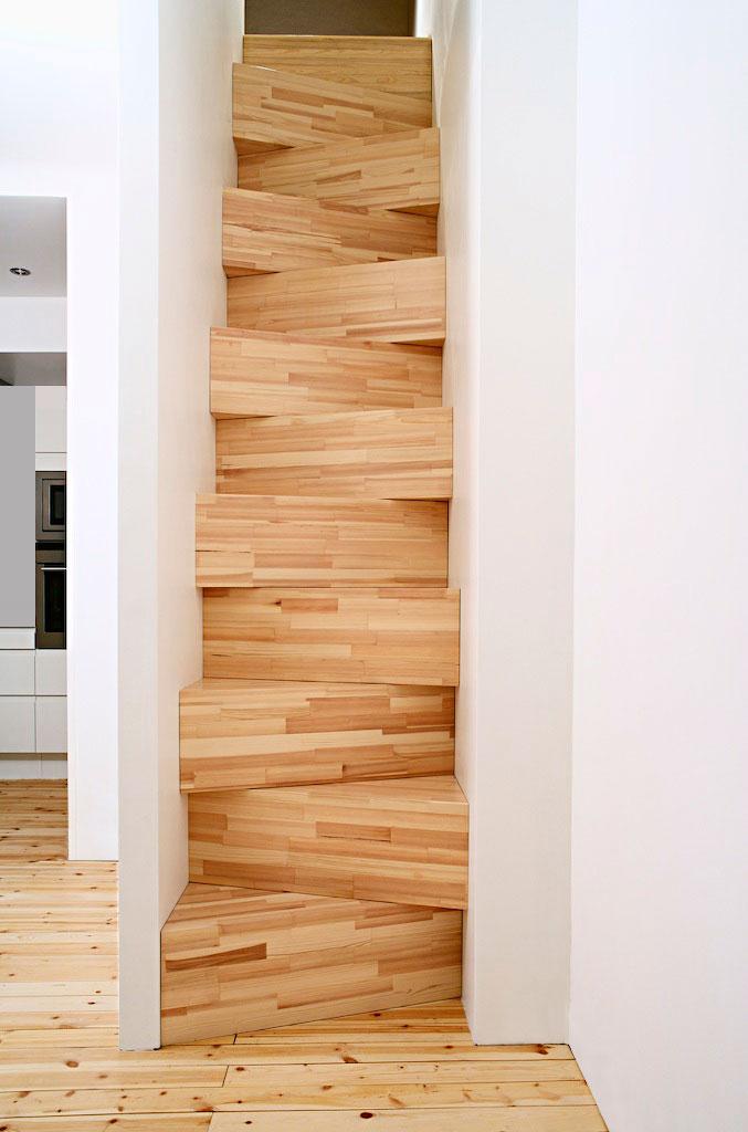 taf_stairs01.jpg