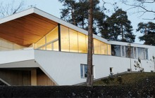 Vackert hus vid Oslofjorden