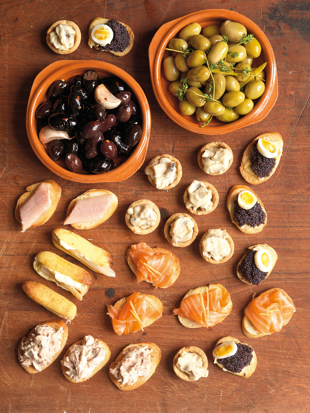 spanish food From north to south spain, here are 10 traditional dishes that will leave you drooling spain is famous for many things: beautiful beaches, fairytale castles, cracking festivals and not forgetting some of the best cuisine in the world with an extensive and varied menu, spanish food is full of.